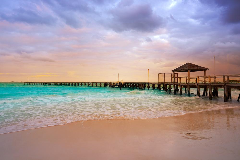 Playa Caracol al tramonto